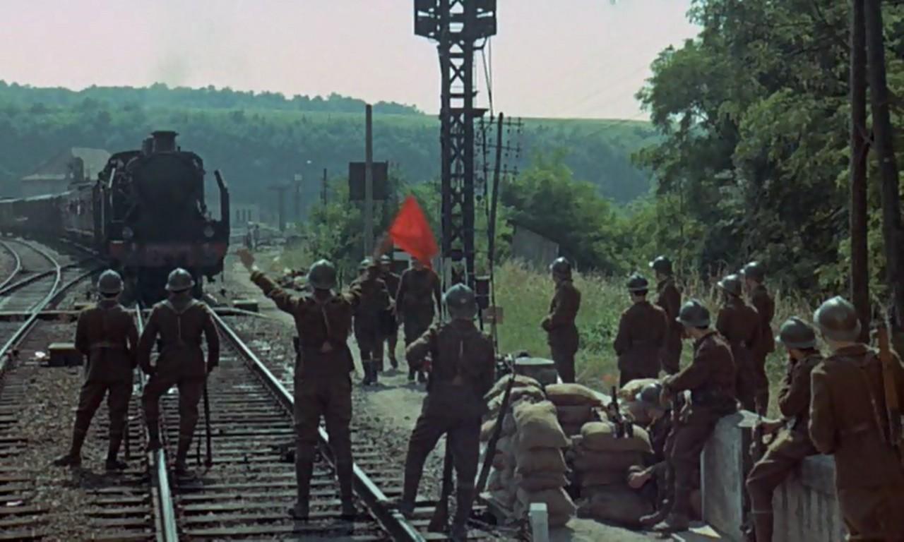 فیلم سینمایی The Last Train به کارگردانی Pierre Granier-Deferre