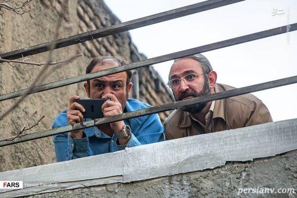مهران غفوریان در صحنه سریال تلویزیونی زوج یا فرد به همراه هدایت هاشمی