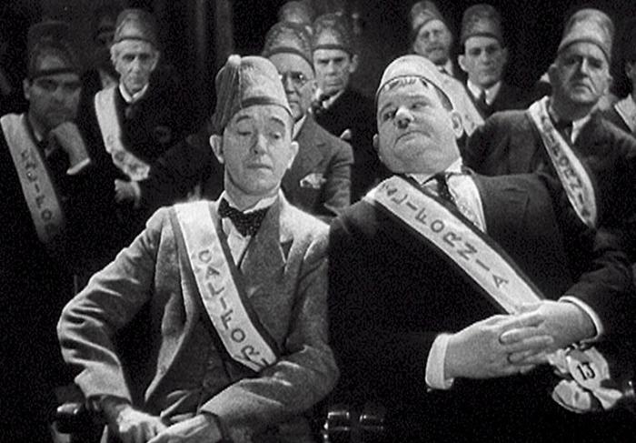 سریال تلویزیونی Sons of the Desert با حضور Stan Laurel و Oliver Hardy