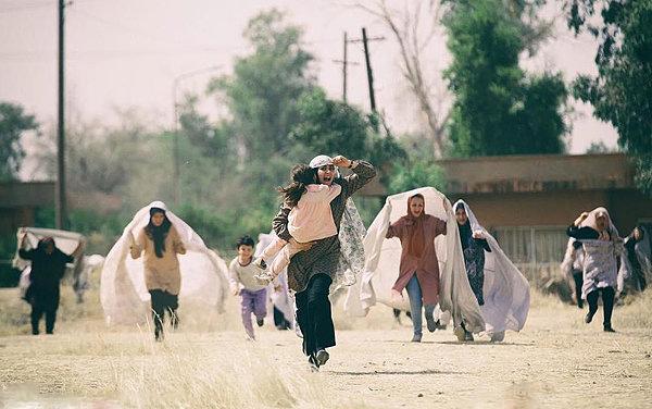فیلم سینمایی ویلاییها به کارگردانی منیر قیدی