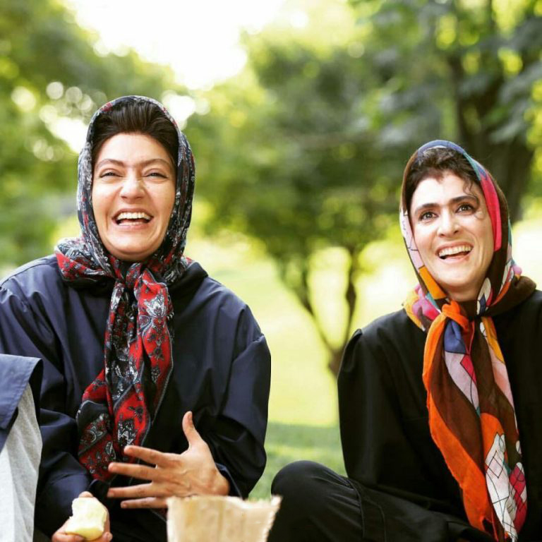 فیلم سینمایی نهنگ عنبر 2: سلکشن رویا با حضور مهناز افشار و ویشکا آسایش