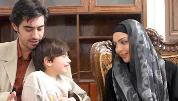 شهرزاد عبدالمجید در صحنه سریال تلویزیونی تب سرد به همراه سیدشهاب حسینی