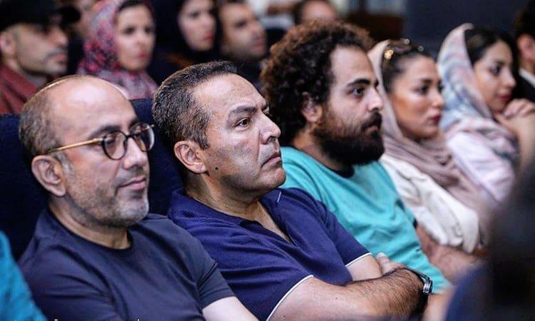 فریبرز عربنیا، بازیگر و نویسنده سینما و تلویزیون - عکس اکران به همراه عارف لرستانی