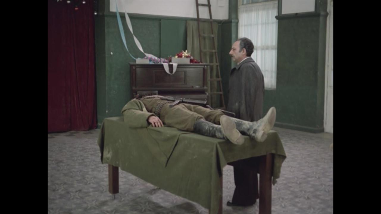 Stratos Pahis در صحنه فیلم سینمایی The Hunters
