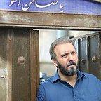 سریال تلویزیونی زیر پای مادر با حضور کامبیز دیرباز