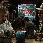 سریال تلویزیونی لطفا دور نزنیم با حضور بهزاد رحیمخانی و مهران رجبی