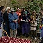 سریال تلویزیونی لطفا دور نزنیم با حضور زهره حمیدی، محمد کاسبی، محمدرضا هدایتی و آناهیتا همتی