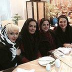 تصویری شخصی از سولماز آقمقانی، بازیگر سینما و تلویزیون به همراه سارا خوئینیها، لاله اسکندری و کمند امیرسلیمانی