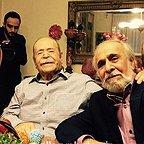 تصویری شخصی از محمدعلی کشاورز، بازیگر و کارگردان سینما و تلویزیون به همراه سپند امیرسلیمانی