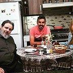 تصویری از پریسا مقتدی، بازیگر سینما و تلویزیون در پشت صحنه یکی از آثارش به همراه سیدمهرداد ضیایی