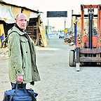 فیلم سینمایی آزاد به قید شرط با حضور امیر جعفری