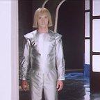 سریال تلویزیونی Guest from the Future به کارگردانی Pavel Arsyonov