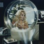 سریال تلویزیونی World on a Wire با حضور Barbara Valentin