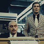 سریال تلویزیونی World on a Wire با حضور Kurt Raab و Karl Heinz Vosgerau