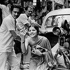 فیلم سینمایی The Middleman با حضور Satyajit Ray و Pradip Mukherjee