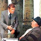 فیلم سینمایی Street People با حضور Roger Moore