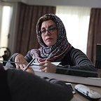 فیلم سینمایی زیر سقف دودی با حضور مریلا زارعی