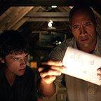 فیلم سینمایی سفر ۲: جزیره اسرارآمیز با حضور Josh Hutcherson و دواین جانسون