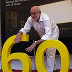 فیلم سینمایی مرگ در مراسم تدفین با حضور فرانک اوز
