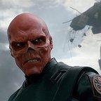 فیلم سینمایی کاپیتان آمریکا: نخستین انتقام جو با حضور هوگو ویوینگ
