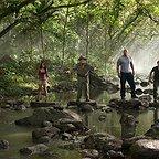 فیلم سینمایی سفر ۲: جزیره اسرارآمیز با حضور لوئیس گازمن، مایکل کین، Josh Hutcherson، Vanessa Hudgens و دواین جانسون