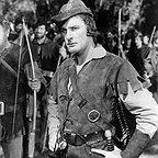 فیلم سینمایی ماجراهای رابین هود با حضور Errol Flynn