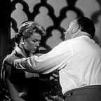 فیلم سینمایی مردی که زیاد می دانست با حضور Doris Day و آلفرد هیچکاک