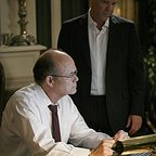 سریال تلویزیونی 24 با حضور Kurtwood Smith و کیفر ساترلند