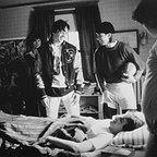 فیلم سینمایی Crossing the Bridge با حضور Stephen Baldwin، جاش چارلز و Jason Gedrick