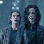 فیلم سینمایی جهان زیرین: تَکامُل با حضور کیت بکینسیل و Scott Speedman