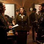 فیلم سینمایی کاپیتان آمریکا: نخستین انتقام جو با حضور تامی لی جونز، کریس ایوانز و هایلی اتول