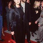 فیلم سینمایی با جو بلک آشنا شوید با حضور Elizabeth Perkins