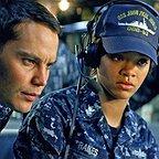 فیلم سینمایی نبردناو با حضور Rihanna و Taylor Kitsch