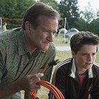 فیلم سینمایی آر وی با حضور رابین ویلیامز و Josh Hutcherson