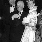 فیلم سینمایی مردی که زیاد می دانست با حضور Doris Day، آلفرد هیچکاک و جیمزاستوارت