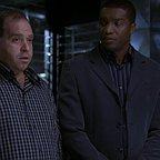 سریال تلویزیونی 24 با حضور Louis Lombardi و Roger R. Cross