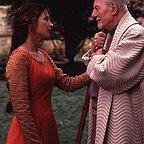 فیلم سینمایی اولین شوالیه با حضور جان گیلگد و جولیا اورموند