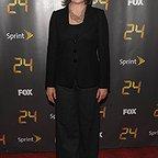سریال تلویزیونی 24 با حضور چری جونز