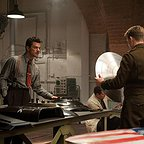 فیلم سینمایی کاپیتان آمریکا: نخستین انتقام جو با حضور دومینیک کوپر و کریس ایوانز