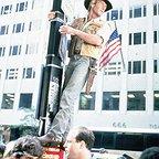 فیلم سینمایی کراکودایل دندی با حضور Paul Hogan