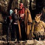 فیلم سینمایی پسرجهنمی ۲: ارتش طلایی با حضور ران پرلمن، داگ جونز و Selma Blair
