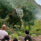 فیلم سینمایی سفر ۲: جزیره اسرارآمیز با حضور Josh Hutcherson، Vanessa Hudgens و دواین جانسون