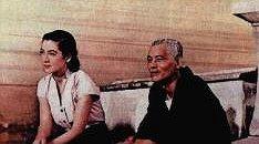نگاهی به تصویر زن شرقی در فیلم داستان توکیو