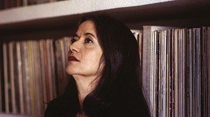 النی کاریندرو، موسیقی فیلم پیمان معادی را میسازد!
