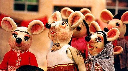 10 کمدی برتر سینمای ایران در دههی شصت/ از شهر موش ها تا دزد عروسکها