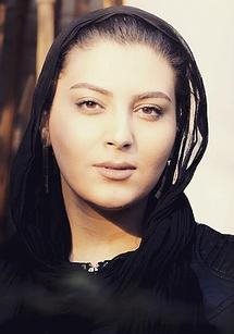 دلسا کریمزاده