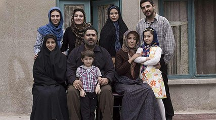 کنایههای نیشدار به خانوادههای مذهبی در فیلمفارسی مدرن