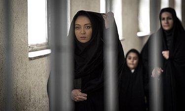 تیزر فیلم سینمایی «آذر» با بازی متفاوت نیکی کریمی