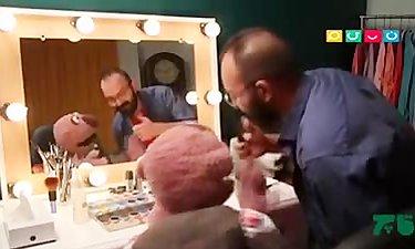 تمسخر بازیکنان فوتبال توسط جناب خان در قاچ خندوانه