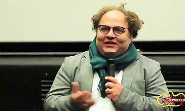 ویدیو اکران مردمی پاستاریونی